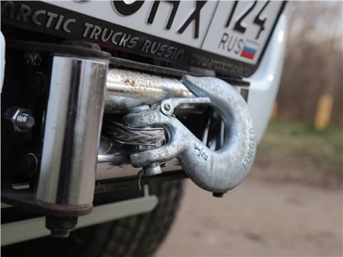 Предпросмотр isuzu d-max arctic trucks 2018 крюк