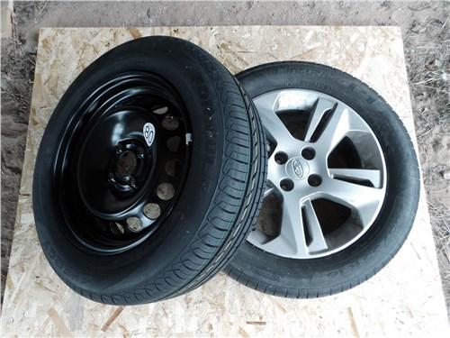 Штатное и запасное колеса Lada XRAY различаются по длине окружности, при установке меньшего погрешность спидометра составит 0,5%