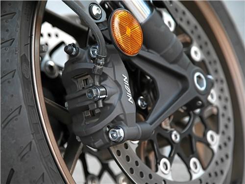 Honda CB650R Neo Sports Cafe тормоза