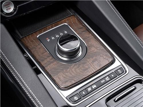 Jaguar F-PACE 2018 8АКПП