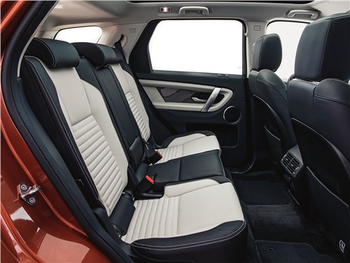 Land Rover Discovery Sport 2020 диван второго ряда