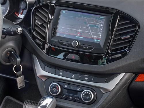 Lada Vesta SW 2019 центральная консоль