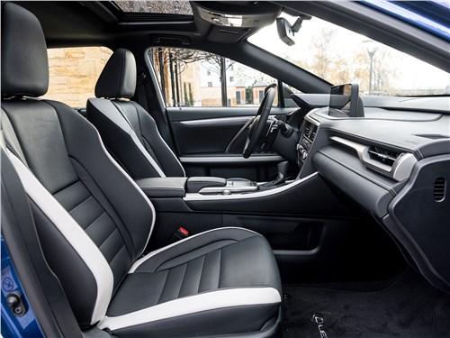 Lexus RX 2020 передние кресла