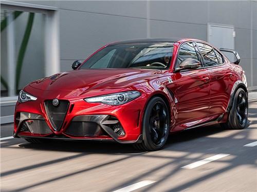 Новость про Alfa Romeo Giulietta - Alfa Romeo Giulia GTA 2021