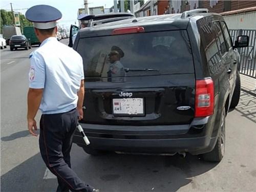 В правительстве придумали новую схему, как наказывать нарушителей на авто с иностранными номерами