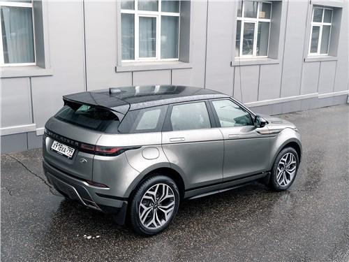Land Rover Range Rover Evoque (2020) вид сзади
