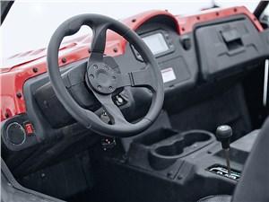 STELS UTV800 Dominator водительское место