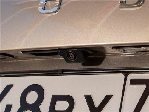 Skoda Rapid (2020) камера заднего вида