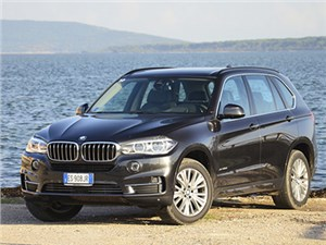 Опубликован прайс-лист на кроссоверы BMW X5 российской сборки