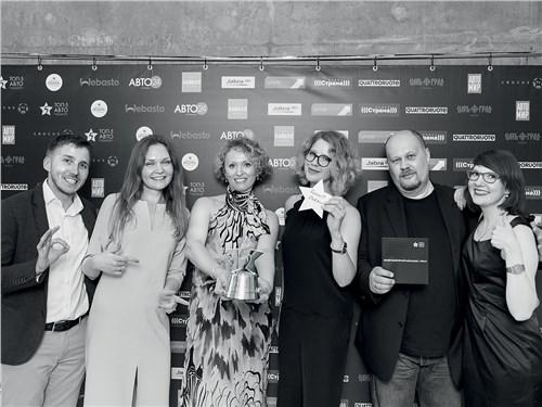 PR-команда Renault (слева направо): Павел Никифоров, Василиса Зотова, Оксана Токарева, Дарья Головина, Анна Гемиш и Иван Владимиров (второй справа, MotorPage.ru)