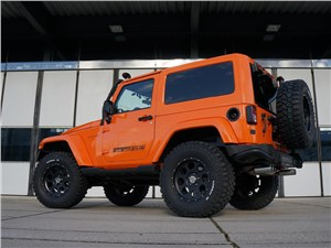 Geiger Cars / Jeep Wrangler вид сзади