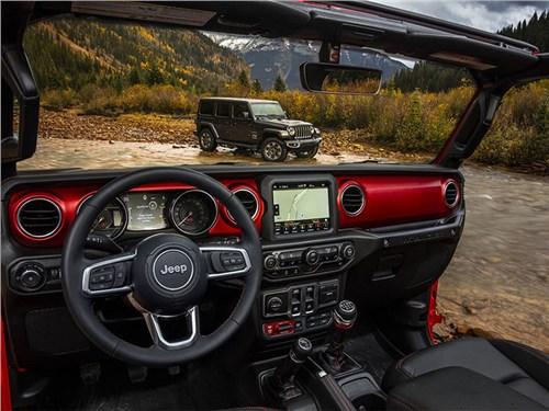 Рассекречен интерьер нового Jeep Wrangler