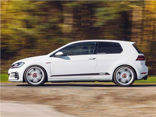Mountune | Volkswagen Golf GTI вид сбоку
