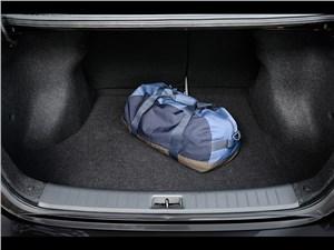 Nissan Sentra 2013 багажное отделение