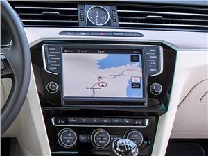Предпросмотр volkswagen passat 2015 монитор