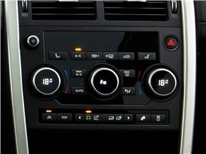Land Rover Discovery Sport 2015 центральная консоль
