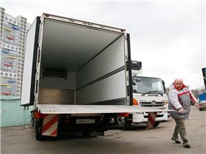 Предпросмотр hino 500 открытый фургон