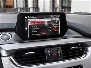 Mazda MX-5 2016 монитор