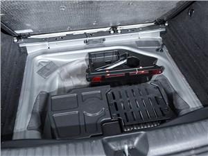 Mercedes-Benz GLA-klasse 2015 багажное отделение