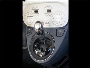Fiat 500 2011 центральная консоль
