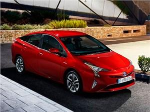 В Японии стартовали продажи гибрида Toyota Prius новой генерации