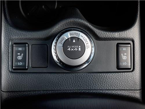 Nissan Qashqai 2014 переключатель режимов работы трансмиссии