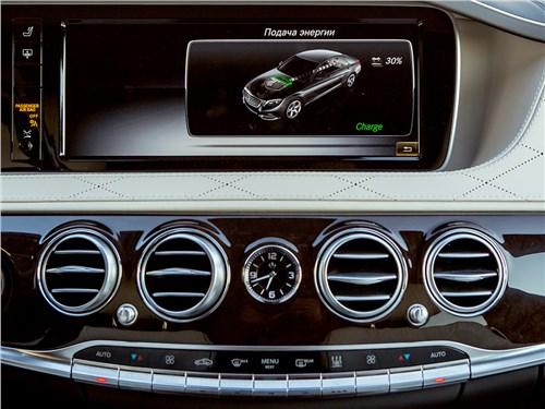 Предпросмотр mercedes-benz s500 e plug-in hybrid 2015 монитор
