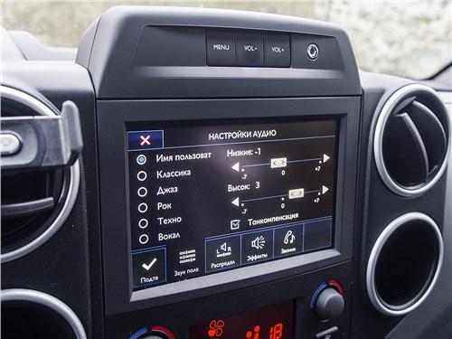 Peugeot Partner Tepee 2016 монитор