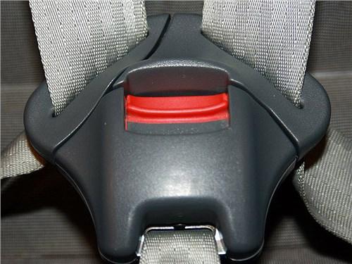 Автомобилистам могут разрешить возить школьников без автокресел