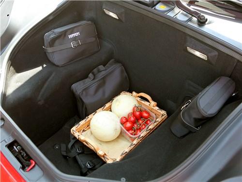 Предпросмотр ferrari 488 gtb 2016 багажное отделение