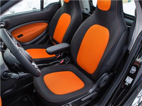 Предпросмотр smart fortwo 2015 передние кресла