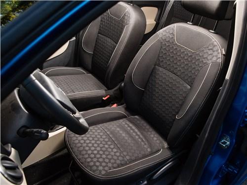 Renault Logan 2014 передние кресла