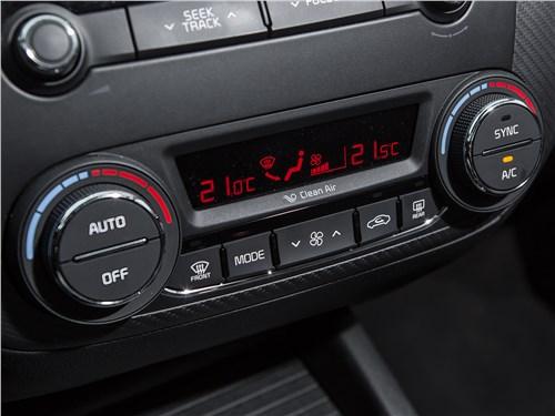 Kia Cerato 2016 управление климатом
