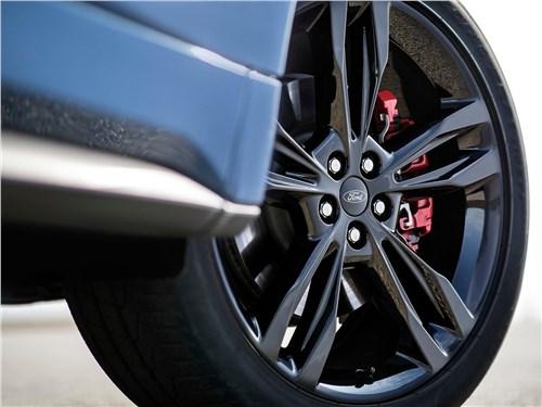 Предпросмотр ford edge st 2019 переднее колесо
