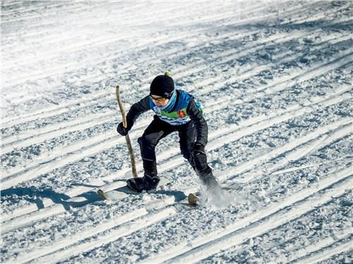 Крепко стоять на лыжах в этих местах приучают сызмальства