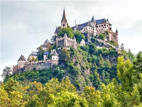 Замок Хохостервиц за свою историю многократно подвергался осаде, но ни разу неприятелю не удалось его взять