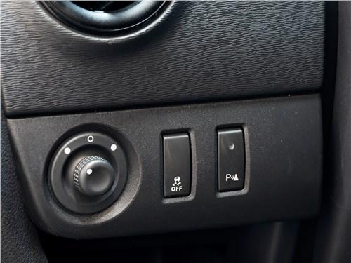 Renault Dokker 2018 кнопки