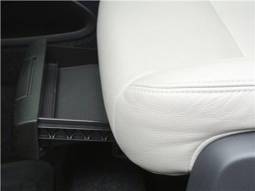 Volvo XC40 2018 переднее кресло