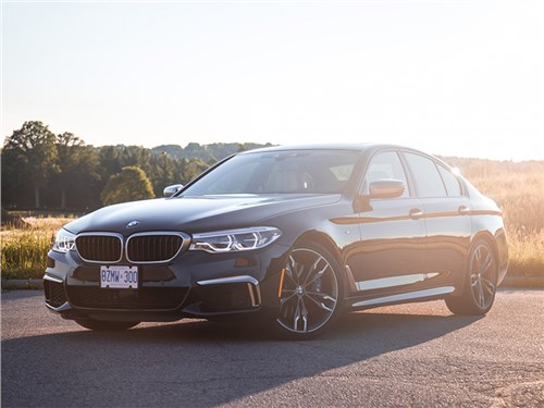 Автомобили BMW отзывают – виновата электроника