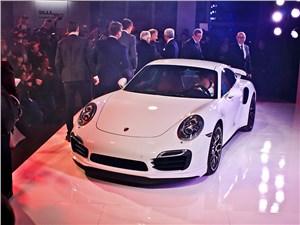 Porsche 911 Turbo S (купе)