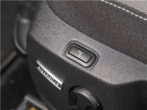 Volkswagen Golf 2017 кресло водителя