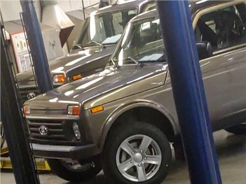 Новость про Lada 4x4 - Обновленные Нивы не доедут до клиентов