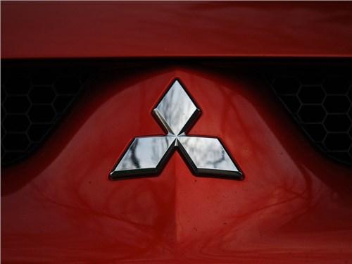 Новость про Mitsubishi - Mitsubishi анонсировала выход совершенно нового кроссовера