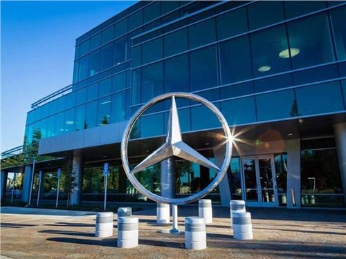Новость про Mercedes-Benz - Mercedes-Benz будет работать на благо мира
