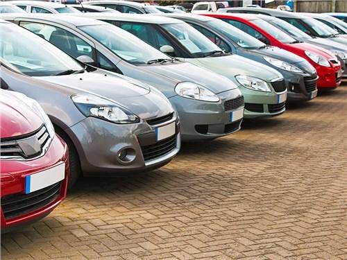 Москвичи стали покупать подержанные машины в три раза реже