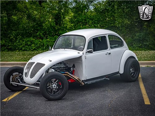 50-летнему Volkswagen Beetle пересадили мотор V8 от Chevrolet