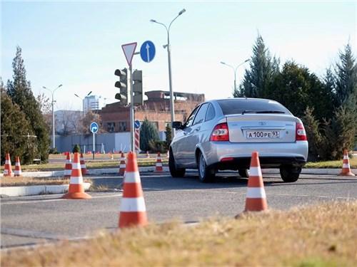 Автошколы попросили ГИБДД доработать новые правила сдачи экзаменов на права
