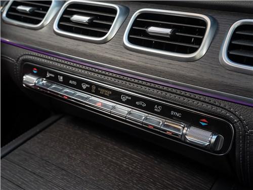 Mercedes-Benz GLE Coupe 2020 кнопки