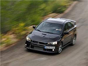 Mitsubishi Lancer Evolution в новом поколении может получить гибридную установку