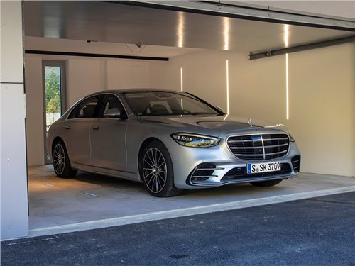 Новость про Mercedes-Benz S-Class - Mercedes-Benz S-Class (2021)